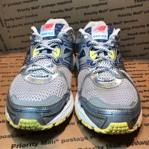 NEW BALANCE 680 V2 Running Shoes Women's Size 8